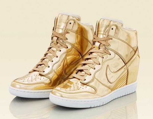 1f77bd9140b Wmns Nike Dunk Sky Hi LIQUID GOLD