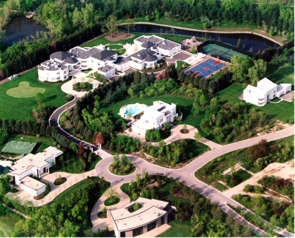 Top 15 Most Expensive Celebrity Homes 2014 ... Michael Jordans Mansion    The Suite