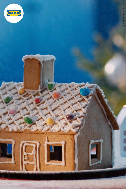 Photo of Edible winter wonderland, VINTERSAGA gingerbread house
