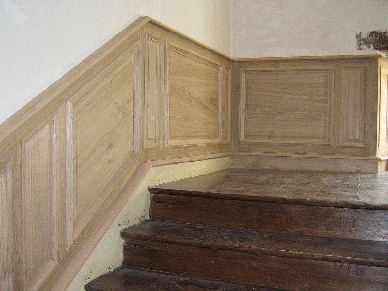 Boiseries - lambris du0027appui escalier Morbihan Bretagne Sud