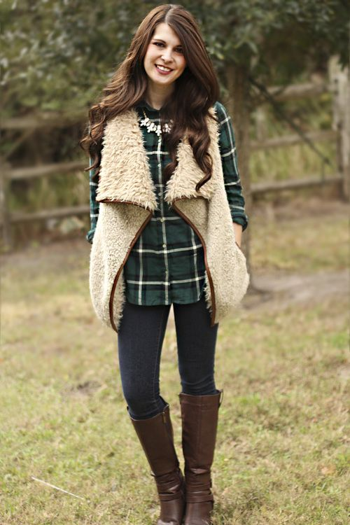 green flannel, faux fur, tall brown boots. winter outfit