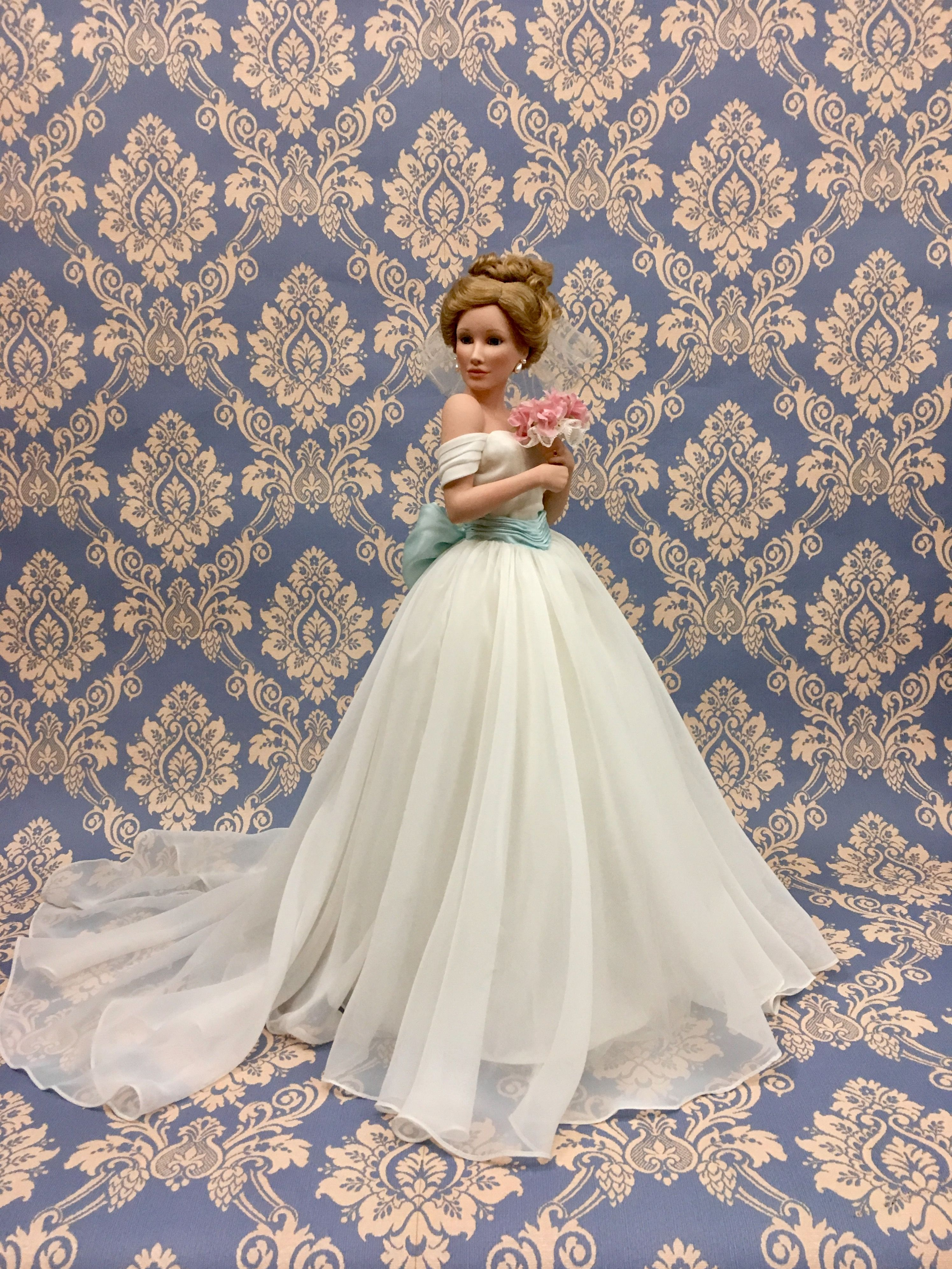 SUMMER DREAM Porcelain bride doll by Sandra Bilotto for The