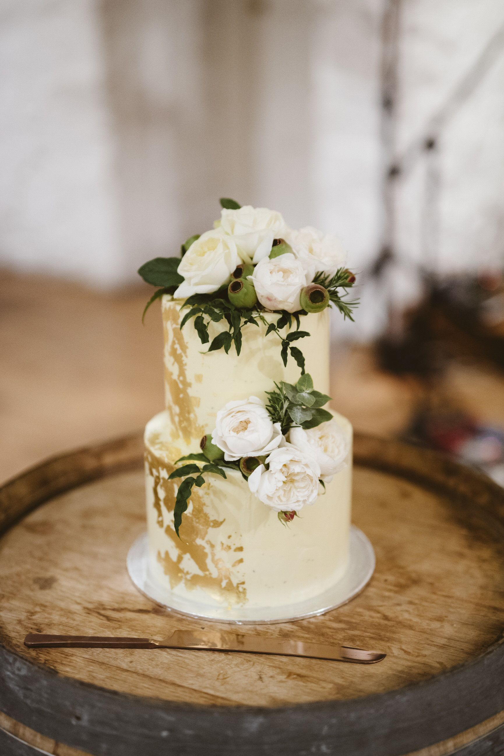 tier cake design gillian pollard venue inspiration emu bottom