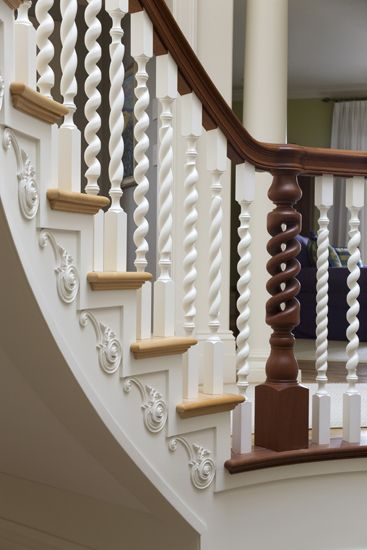 Best A Custom Hand Carved Mahogany Railing With Three Different 640 x 480