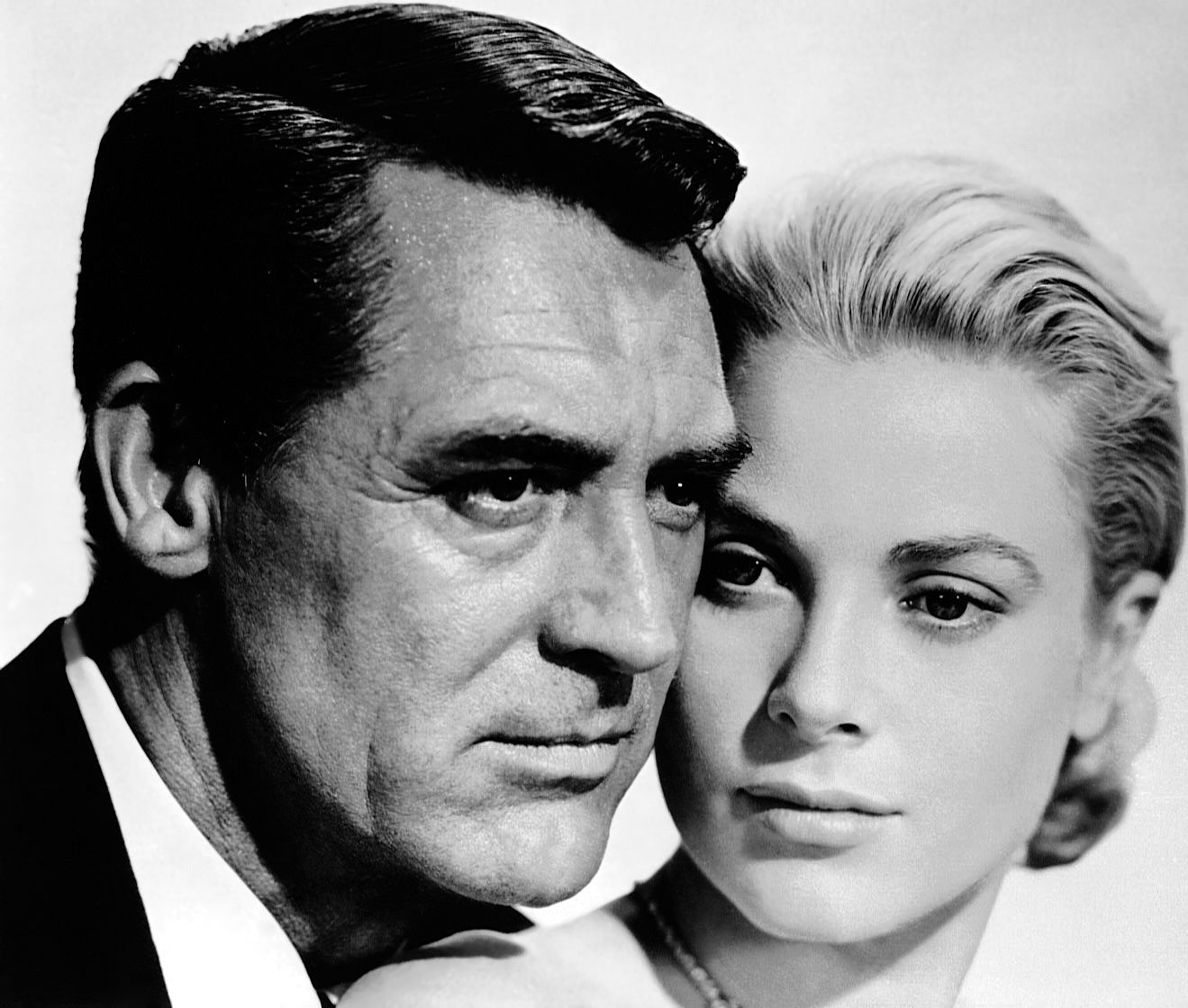 Grace kelly dazzling divas photo portret grace kelly for Cary grant first movie