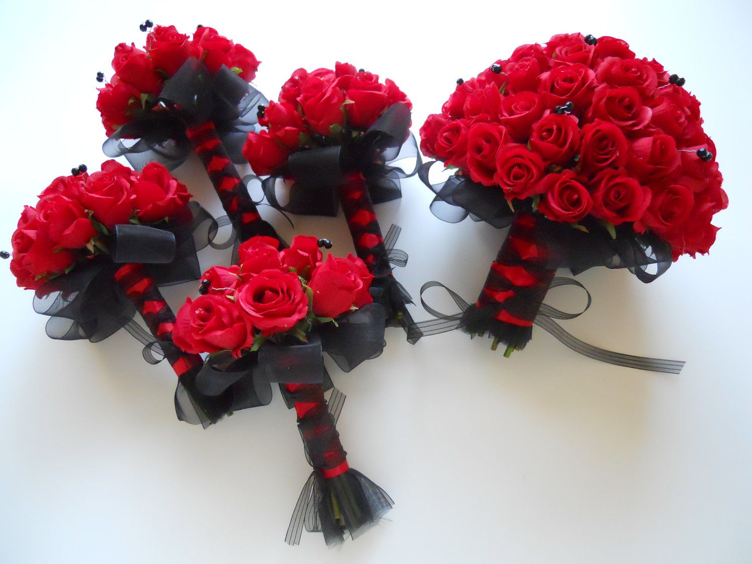 black and red bridal bouquet set with accent by lkweddingbouquet