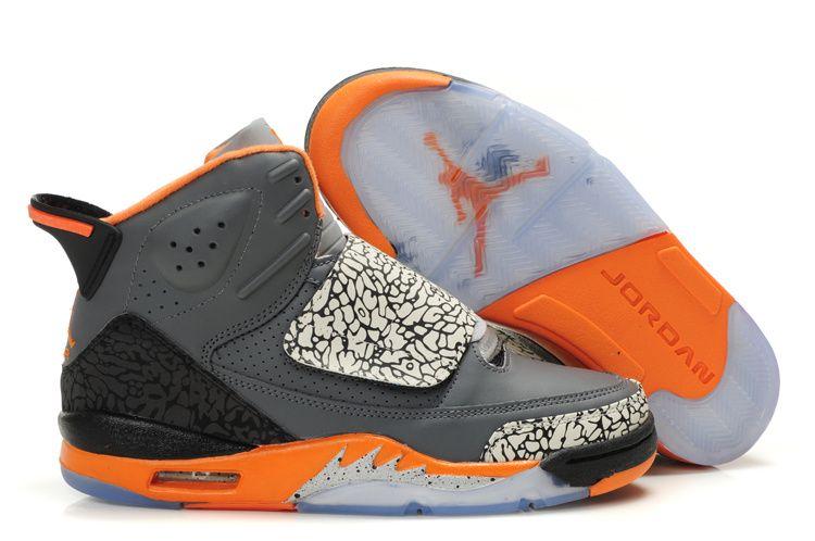 Air Jordan fils de Mars gris chaussures oranges bon marché.€54.10