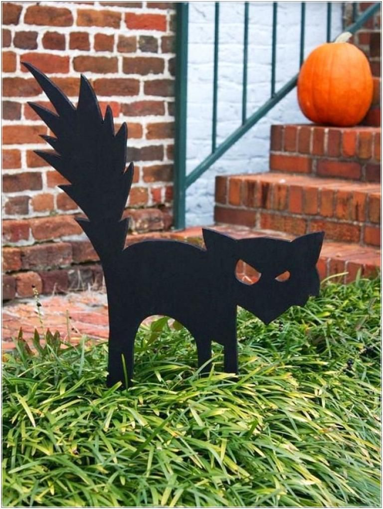 40 Best Outdoor Halloween Decorations - Page 7 of 40 Halloween
