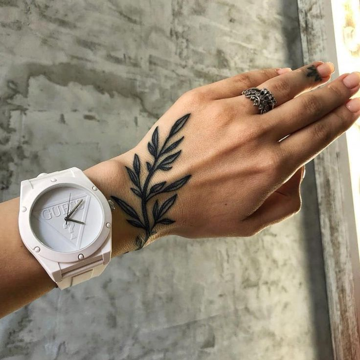 Tatto Ideas 2017 Handgelenk Hand Tattoo Laub Wrist Hand