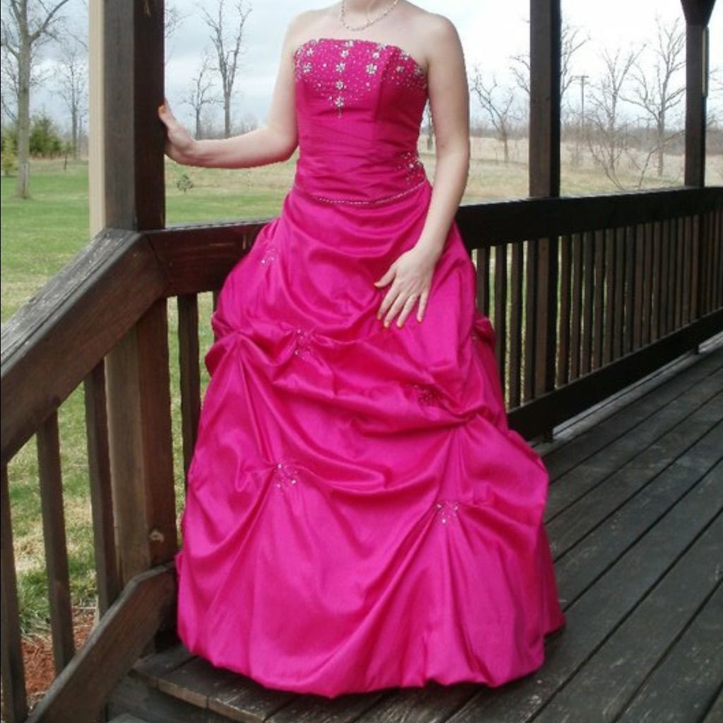 Beautiful Prom Dress Open To Any Offer!
