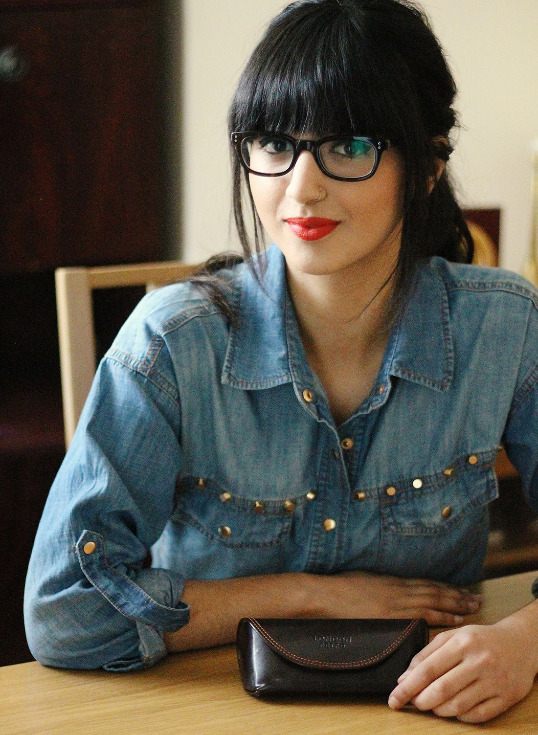 Bangs With Glasses Hairstyles 16 Bangs And Glasses Hairstyles With Glasses Dark Hair Bangs