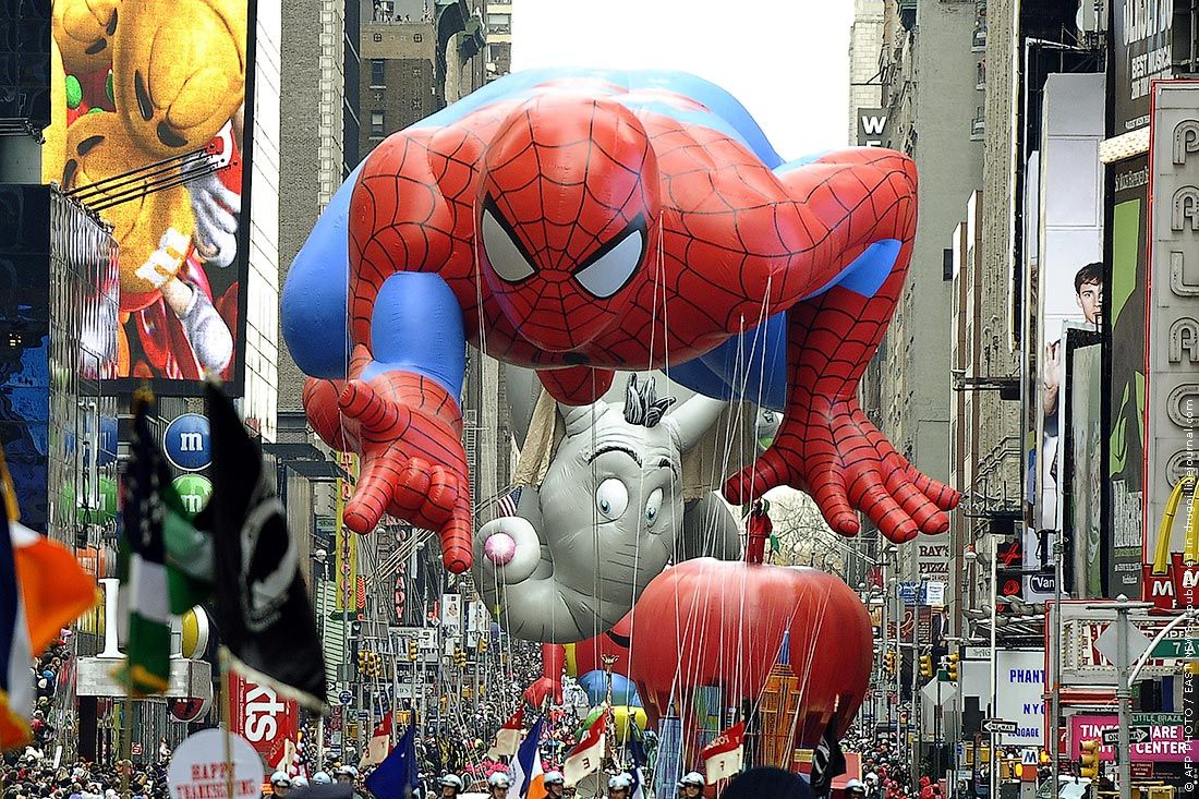 Spiderman Macy S Thanksgiving Day Parade Thanksgiving Parade Thanksgiving Day Parade