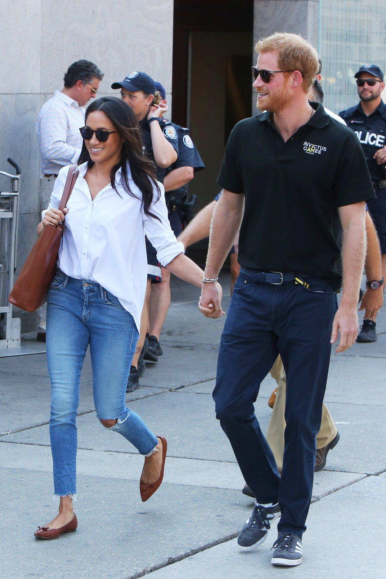 35f5431527 Prince Harry and Meghan Markle Hold Hands