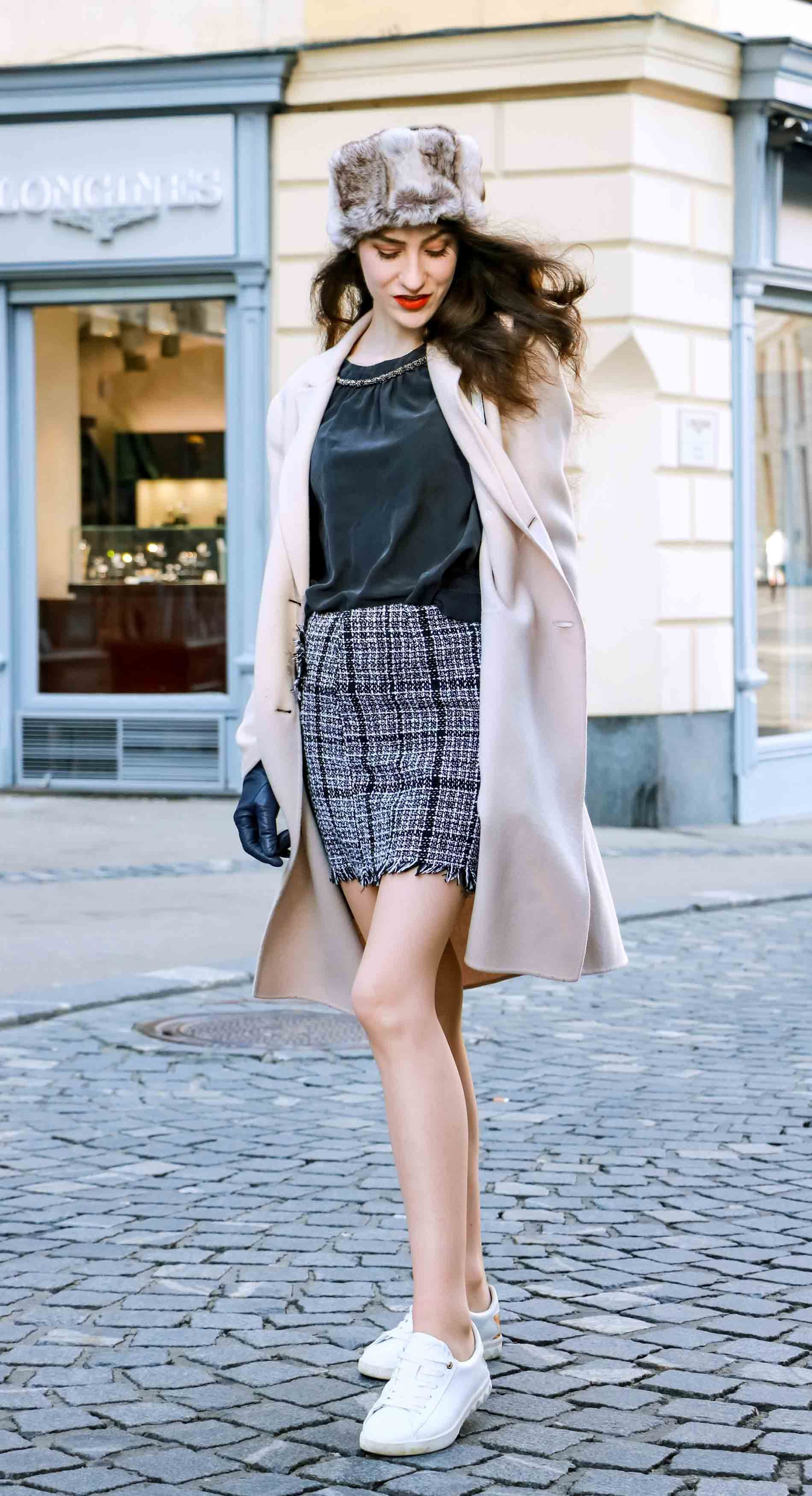 Brunette from Wall Street: Blog 64