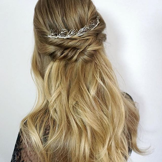 Diy Wedding Hair Half Up: Simple Twisted DIY Hairstyle Paired With The Aria Headband