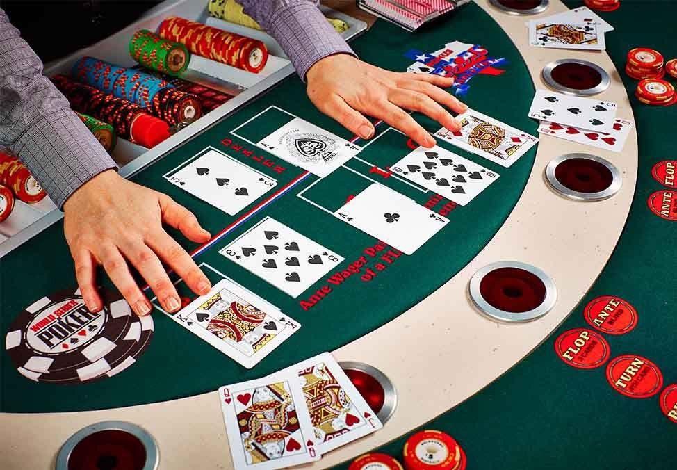 Hướng dẫn chơi Poker cơ bản Poker, Trò chơi, Game