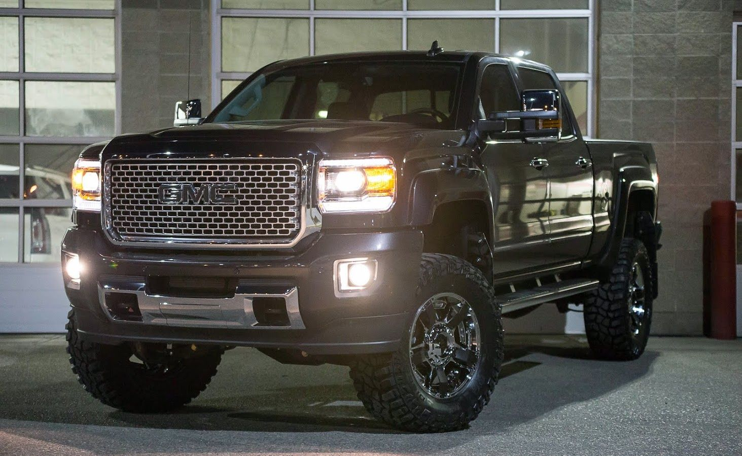 Truck tuesday featuring a customer s iridium metallic 2015 gmc sierra 2500 customized by the davis
