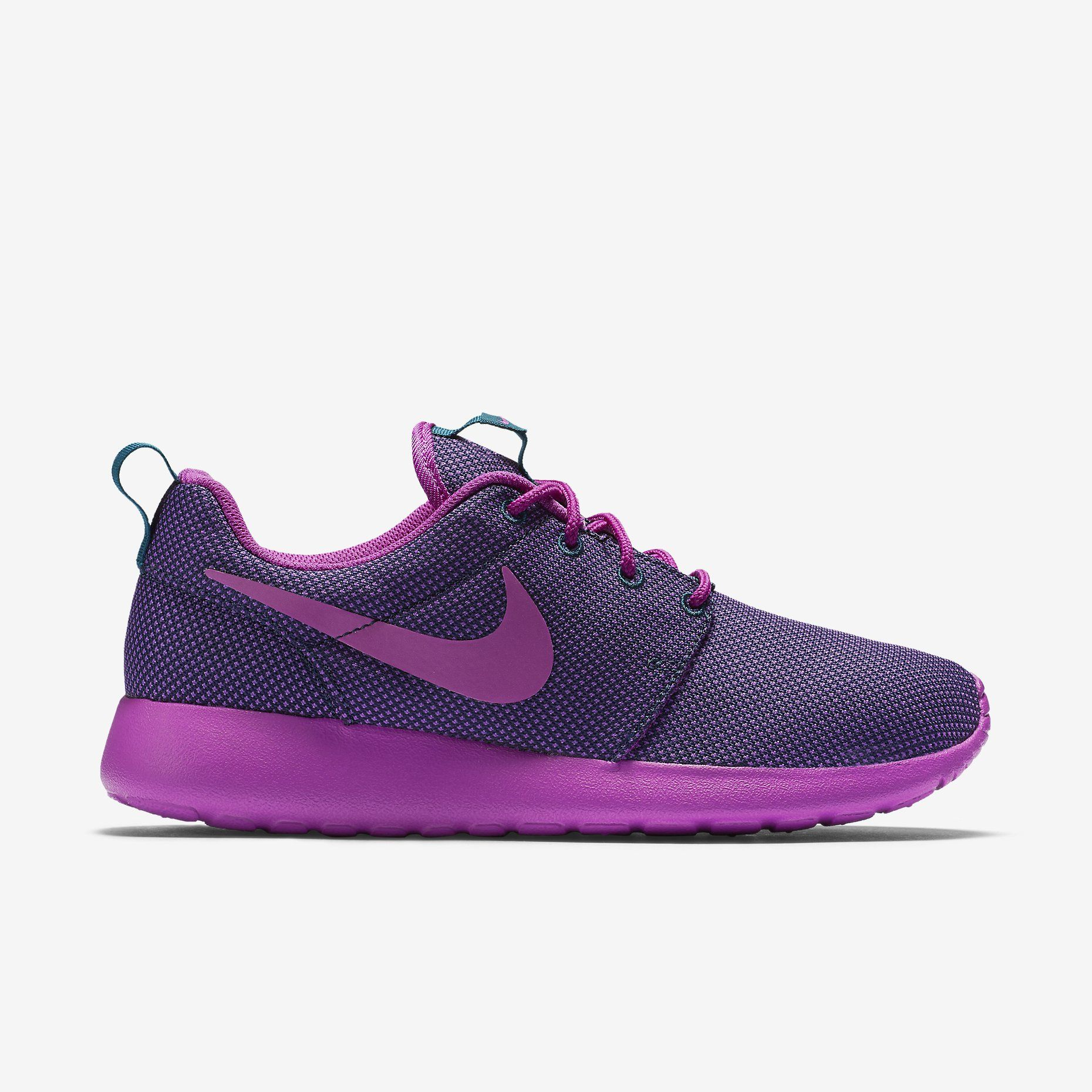 buy popular 1b3b8 70372 Nike Roshe One Women s Shoe, Midnight Teal Dark Grey Vivid Purple