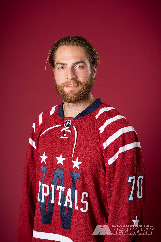 Washington Capitals goalie Braden Holtby shows off the Caps  2015  Bridgestone NHL Winter Classic® jersey 923d48e9a