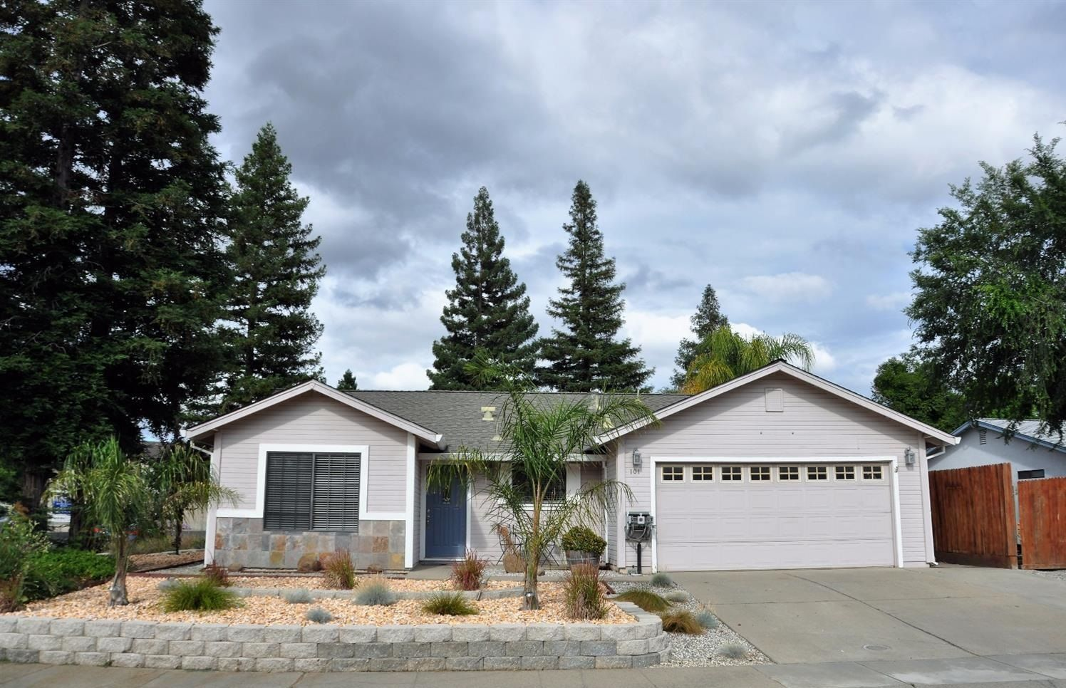 369000 4br 1466ft2 new listing amazing home on