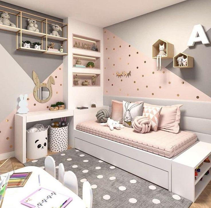 Spiegel, Couch, Teppich, Wäschekorb Teppich Zimmer mädchen, Mädchenzimmer und Spielzimmer  ~ 17051639_Wäschekorb Kinderzimmer Mädchen