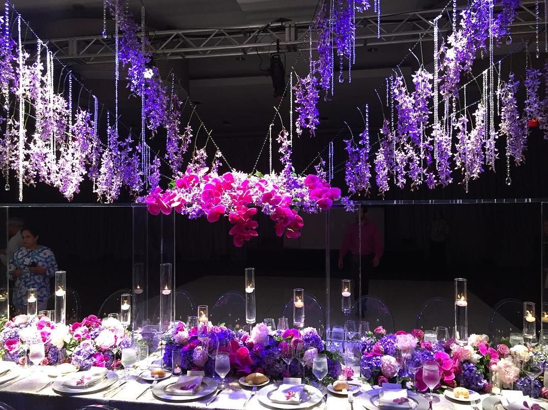 How amazing is this tablescape that @grodesigns created ...