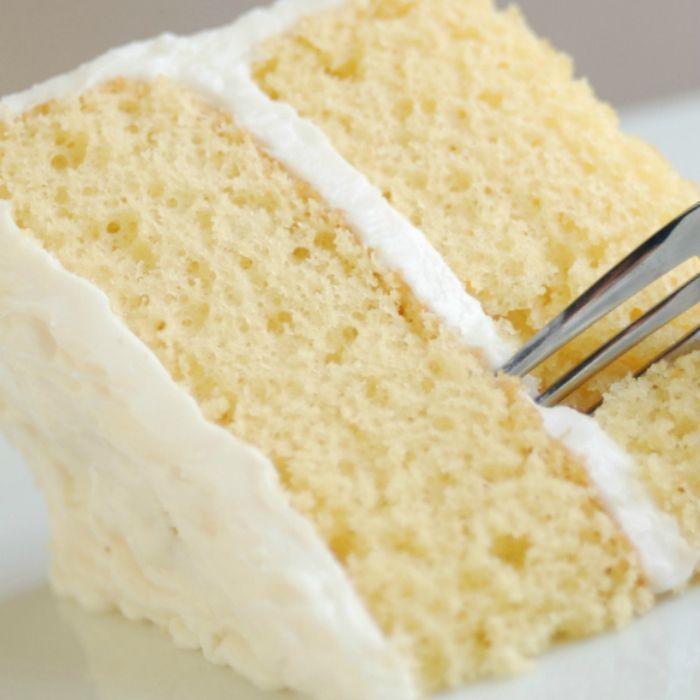 Vanilla Crazy Cake You Can Make With No Eggs, Milk