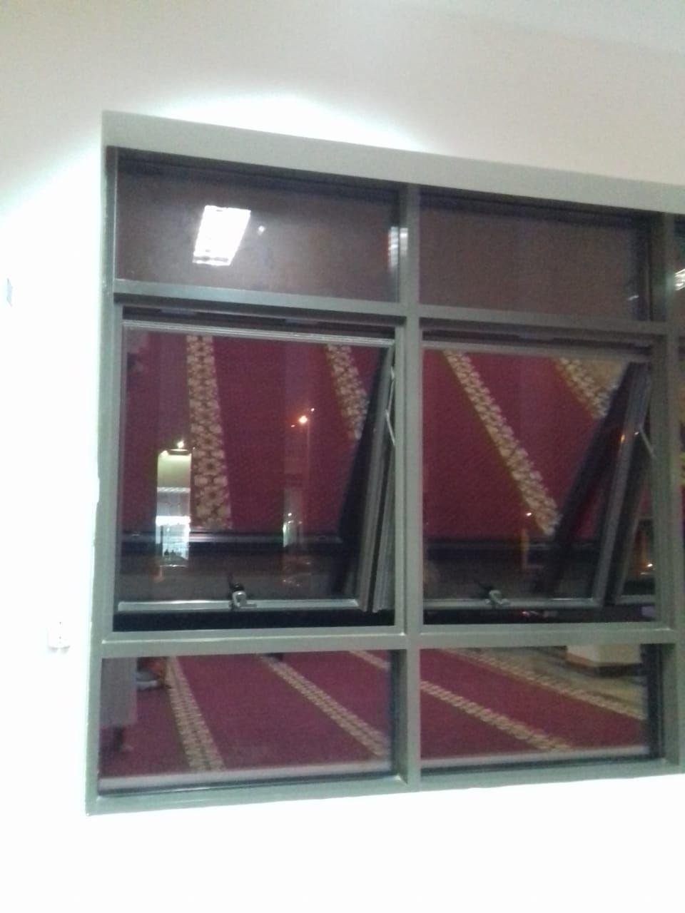 Pin By Tent Ksa On مقاولات عامة الرياض 0530608113 Home Shelves Decor