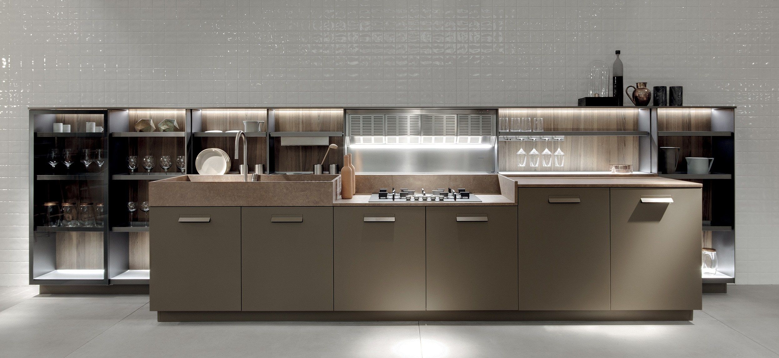 Lacquered Linear Kitchen Soul By Ernestomeda Design Giuseppe Bavuso Kitchen Home Goods Decor Kitchen Design