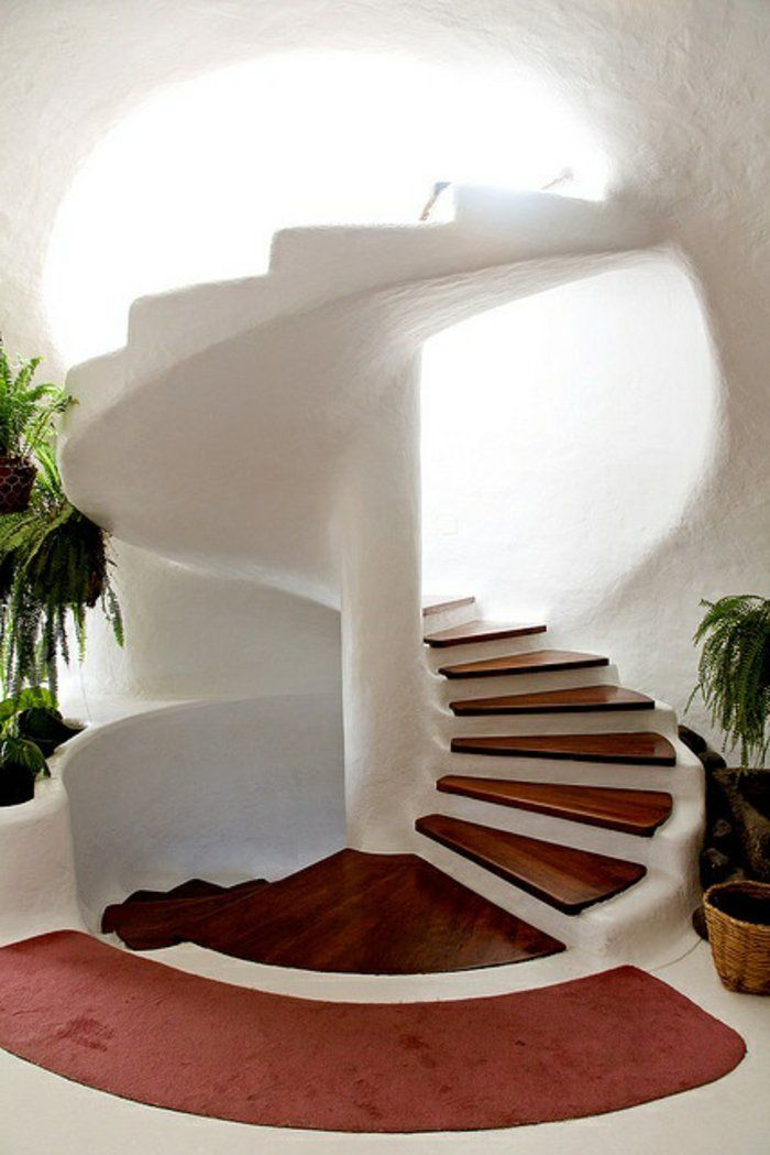 Lescalier tournant en 40 jolies photos beautiful stairsmodern stairs interior stairsstair designstaircase