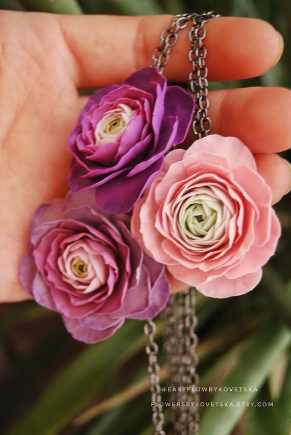 Ranunculus Jewelry Pendant Ranunculus Flower Necklace Pink Etsy In 2020 Polymer Clay Jewelry Hand Made Jewelry Jewelry