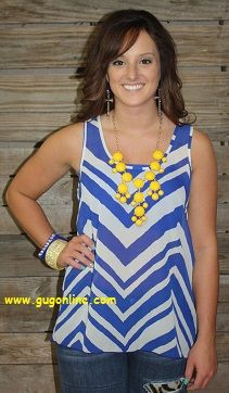 Save 10% by use the discount code GUGREPKCAR at www.gugonline.com! Better With Bows Blue and White Chevron Top $26.95