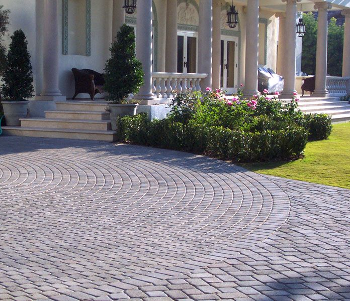 15 paving stone driveway design ideas digsdigs - Driveway Design Ideas