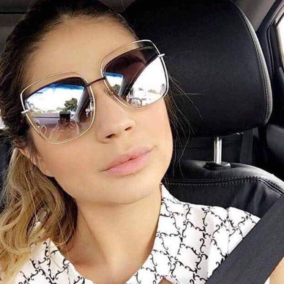 Thassia Naves já com Marc Jacobs da nova coleção!! Já nas lojas!!   oticaswanny  wannynews  new  newcollection  sunglasses  oculosespelhado   amooculos ... c80b90f7159f9