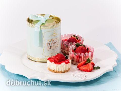 Jahodové cheesecake cupcakes