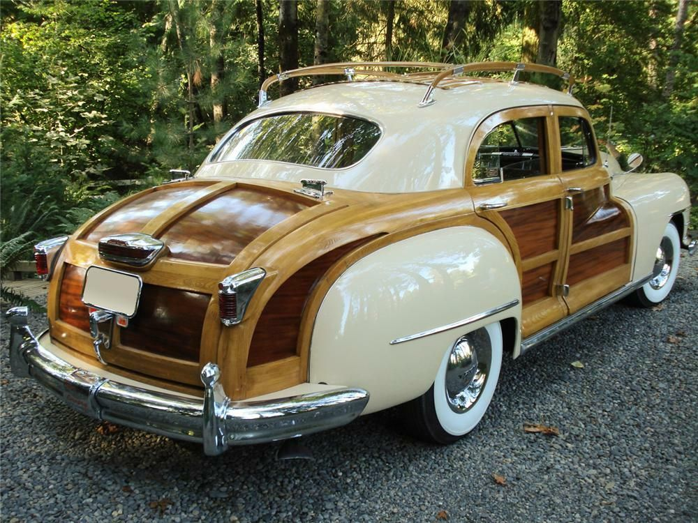 1947 CHRYSLER TOWN & COUNTRY SEDAN Rear 3/4 61429 in