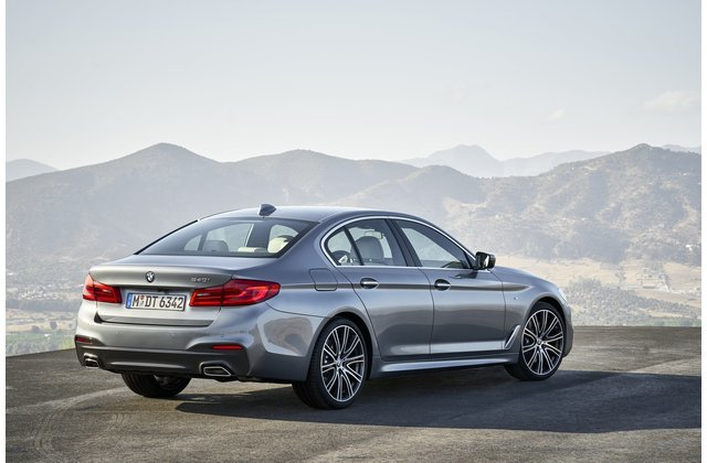 25 Safest Luxury Cars Of 2019 Luxury Car Brands Luxury Cars