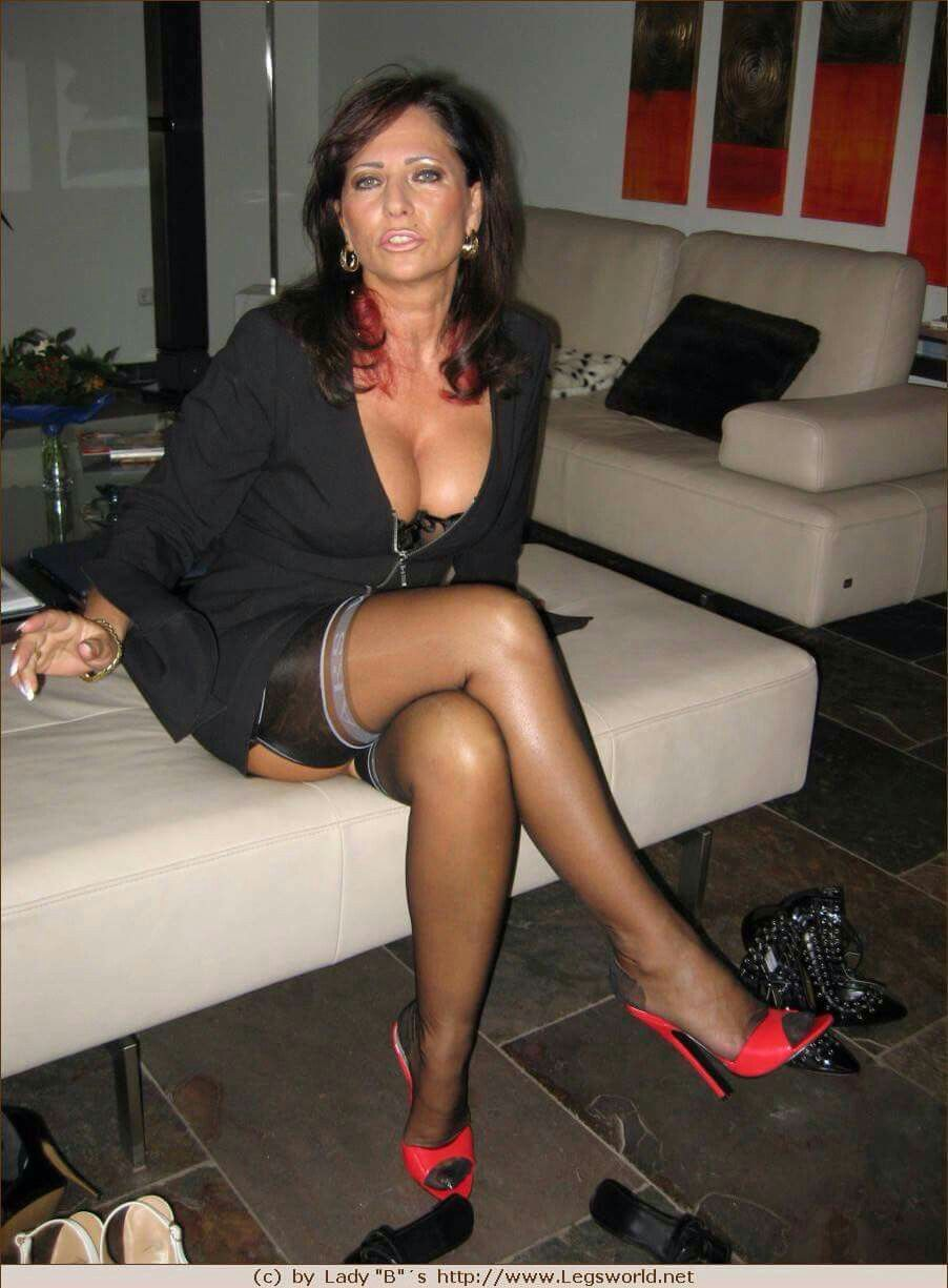 gem milf personals Milf dating sites: rating:  most women do tell a lot on this gem of adult dating  and you know it will be a good one the milfs on this cougars dating .
