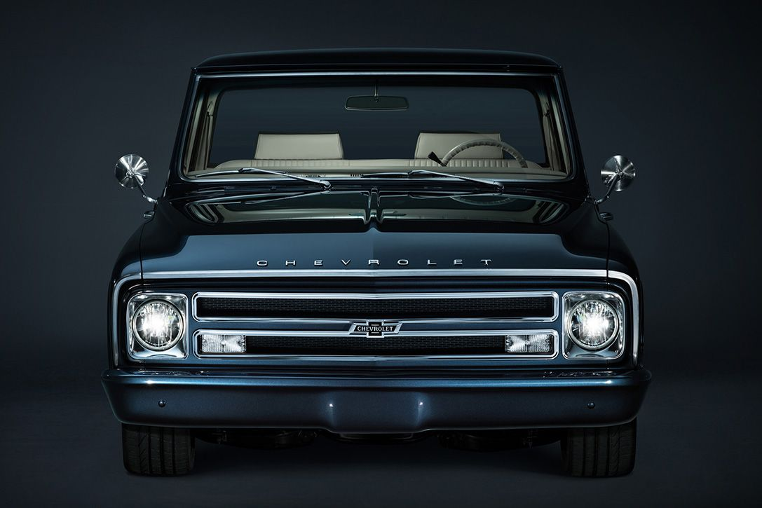 Behold Chevy S Gorgeous Limited Edition 67 C 10 Pickup 100th