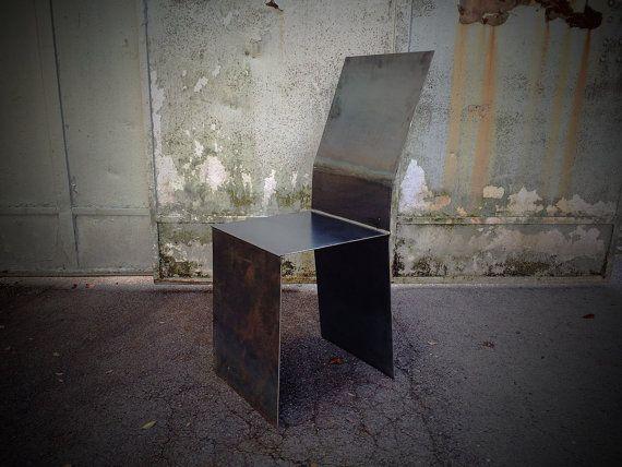 Der Deko-Stuhl im markanten Industrial-Look aus 3mm Stahlblech - stühle für wohnzimmer