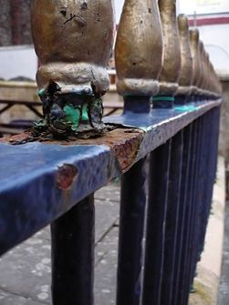 How to paint rusty railings...