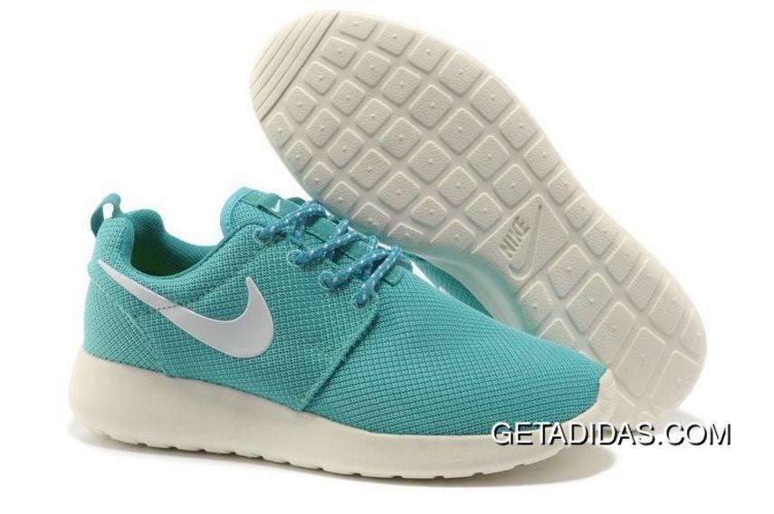 Jirafa triatlón estático  www.getadidas.com... NIKE ROSHE RUN WOMEN LIGHT BLUE TOPDEALS : $78.80 |  Nike shoes roshe, Running shoes nike, Womens running shoes