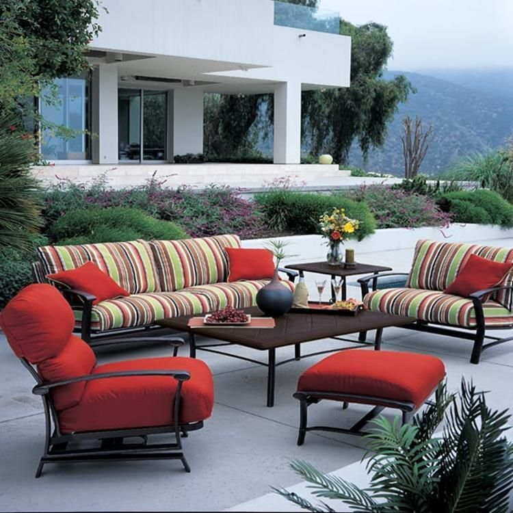 Casual Living Outdoor Furniture Sets Ideas 19