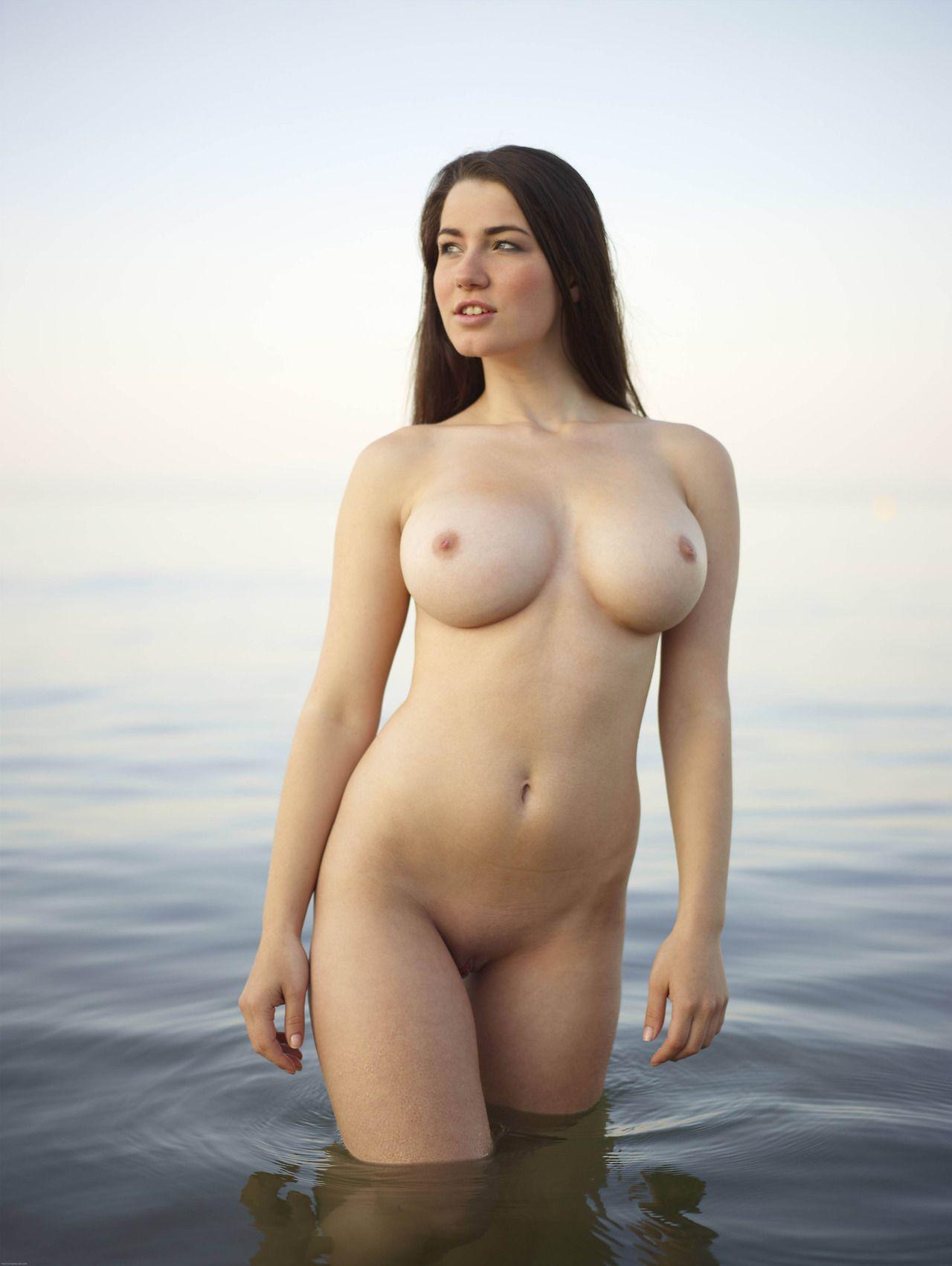 Au cruise naturel nude travel windjammer