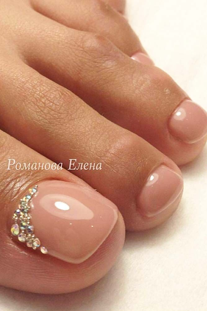 48 Toe Nail Designs To Keep Up With Trends Nails Design With Rhinestones Pretty Toe Nails