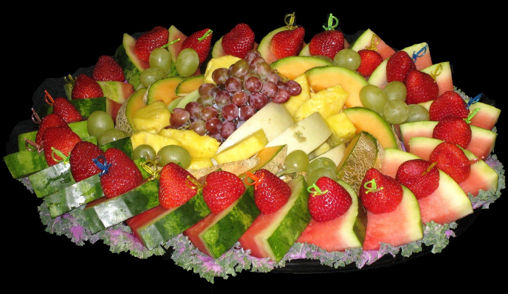 decorating food trays | Fruit salad decoration plate ...