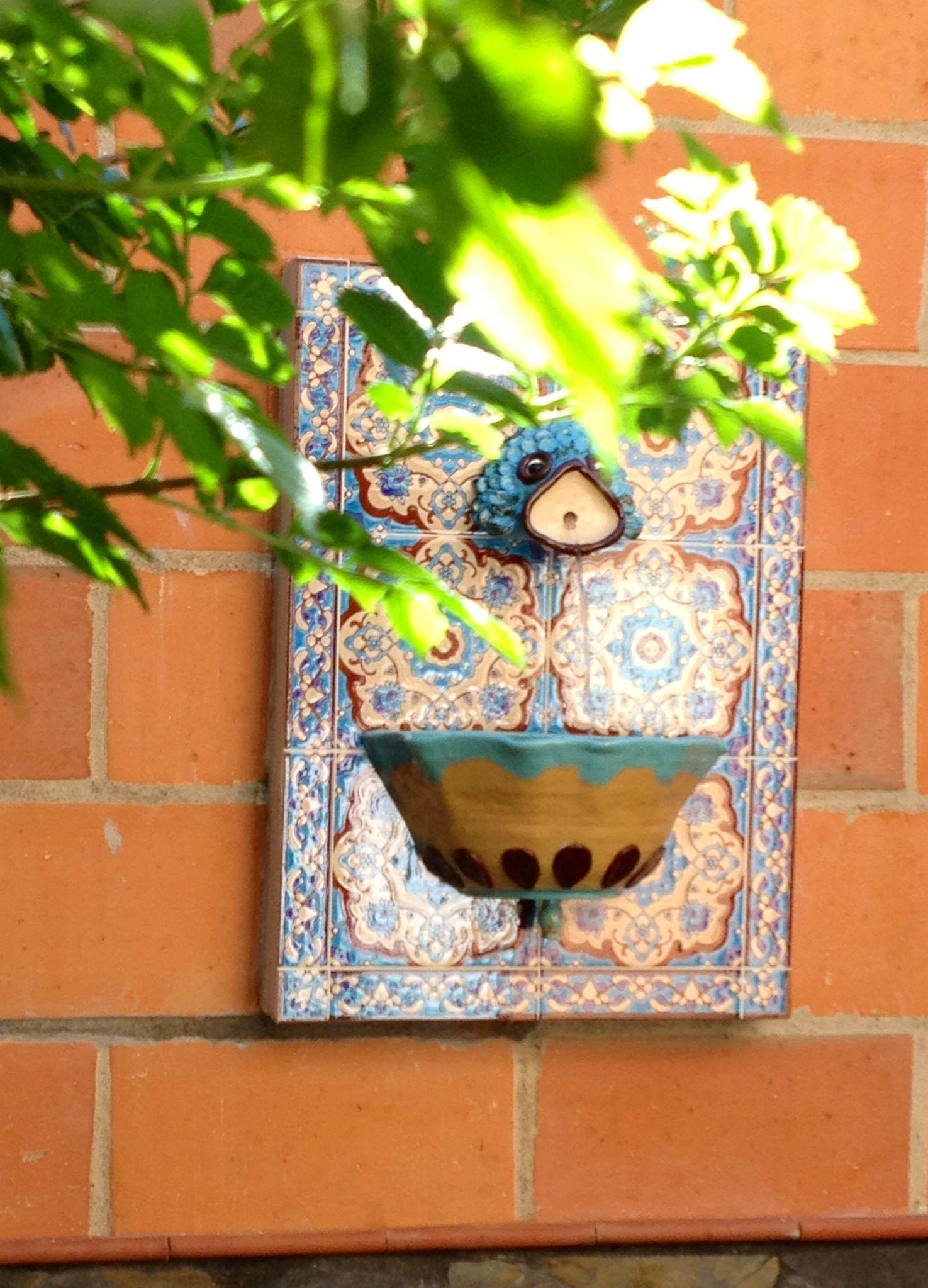 Fuente de pared para patios balcones pinterest for Como decorar paredes de patios