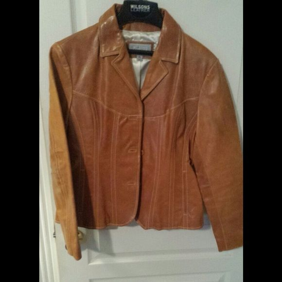 Brown (whiskey) Leather Jacket NWOT Brown (Whiskey) Leather Jacket size Extra Large but fits like a Large Wilsons Leather Jackets & Coats