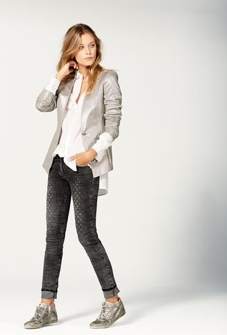 Online Kleidung Kaufen, Stilvolle, Entspannende Zeit Kleidung, Leger ...