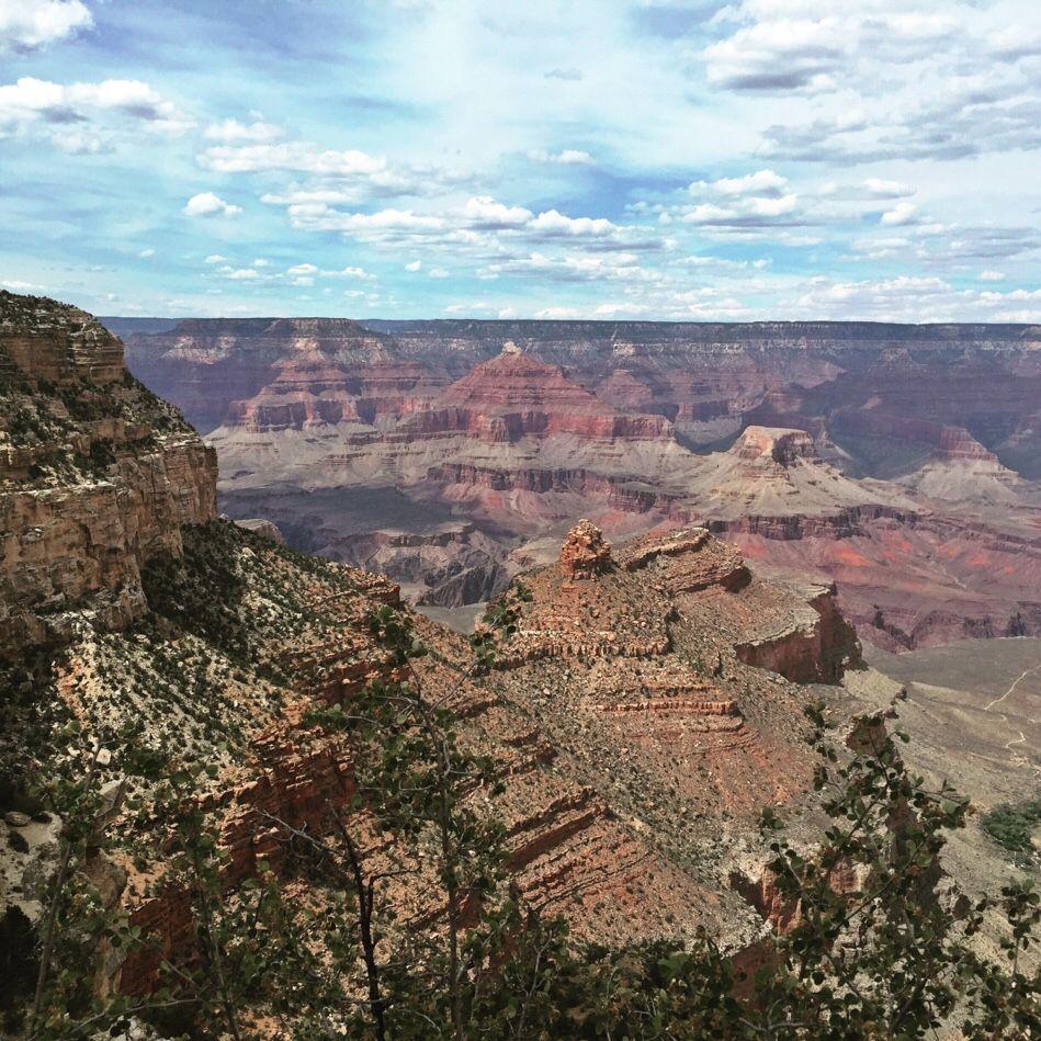 Es is egal wieviele Photos man vom Grand Canyon sieht: Um diese phantastische Landschaft wirklich wahrzunehmen muss man hier gewesen sein, und das mit den eigenen Augen gesehen haben.